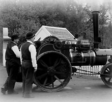 VICTORIAN STEAM ENGINE by tbailey