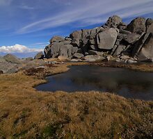 Spring snowmelt - Ramshead by Richard  Stanley