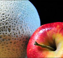 Apple and Cantaloupe by carlosporto
