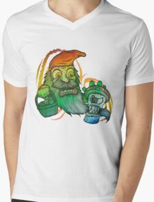 Gnome tripping on mushrooms! Mens V-Neck T-Shirt