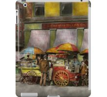 City - NY- Lunch carts on Broadway St NY - 1906 iPad Case/Skin