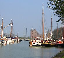 The Harbour and the Castle - along the river Vecht by steppeland