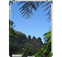 """""""The Three Sisters"""", Katoomba - Viewed from the Jamison Valley  iPad Case/Skin"""