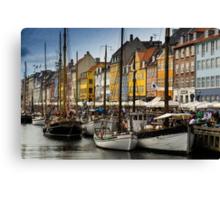 Nyhavn (Copenhagen) Canvas Print