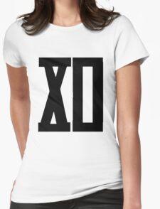 XO Roman [Black] T-Shirt