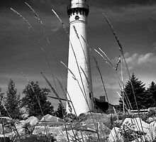 Wind Point Lighthouse by erbephoto