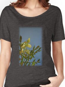 Yucca Blooming Women's Relaxed Fit T-Shirt