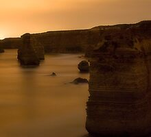 12 Apostles taken in Almost Pitch Black by Tony Lin