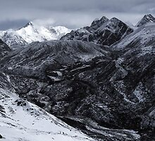 NEPAL:FROZEN VALLEY by philaphoto
