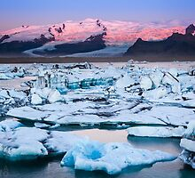 ICELAND:SUNRISE AT THE GLACIER LAGOON by philaphoto
