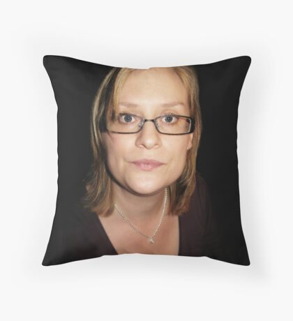 Sanna Throw Pillow