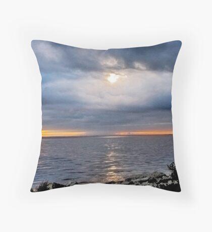 x-mas sunset Throw Pillow