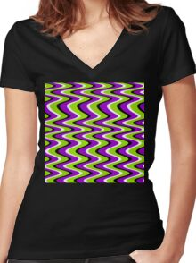 Seenmewaves Women's Fitted V-Neck T-Shirt