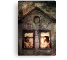 Waiting for the storm to abide Canvas Print