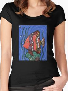 Big Fish Women's Fitted Scoop T-Shirt