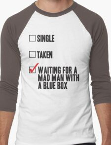 DOCTOR WHO WAITING FOR A MAN MAN WITH A BLUE BOX Men's Baseball ¾ T-Shirt