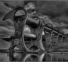 Falkirk Wheel in mono by dittohead