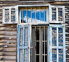 Daylesford window by Victor Pugatschew