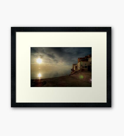 Case sole mare Framed Print