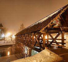 Riverwalk Bridge by UmbieArt