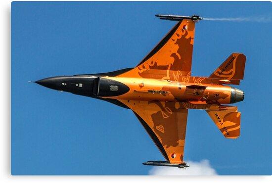 Dutch F-16 2012 Solo Demonstrator by Colin Smedley