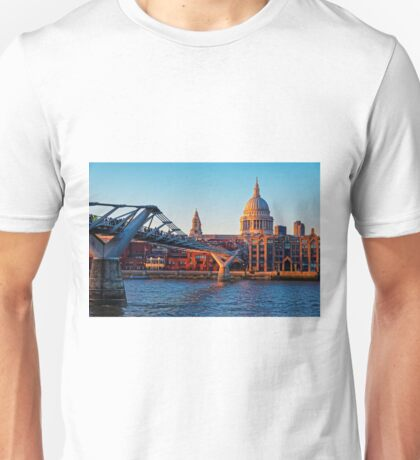 The Millennium Bridge and St Paul's Cathedral, London, England Unisex T-Shirt