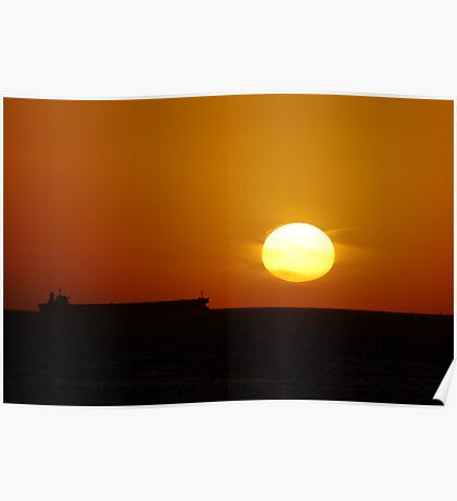 Sunrise Horizon - Caves Beach Poster