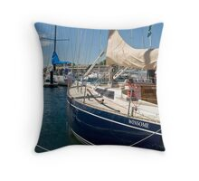 Winsome Sydney to Hobart 2008 Throw Pillow