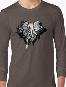 Gandalf vrs Voldemort - A Wizards Duel Long Sleeve T-Shirt