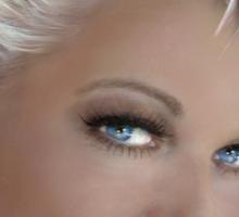Blue Eyes Blond 2 Sticker