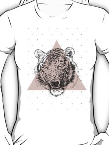 Roaring fashion T-Shirt