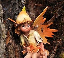 Elf in a tree by oddoutlet