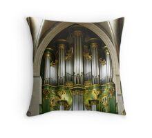 Green organ Throw Pillow