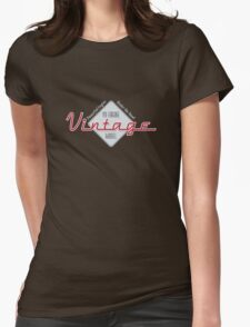 Vintage : Powerful V8 Womens Fitted T-Shirt