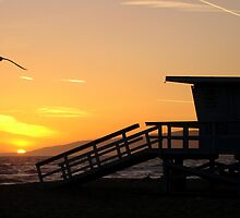 Life Guard Tower Sunset. by Trickyshot