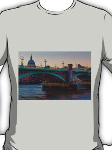 Southwark Bridge, London, England T-Shirt