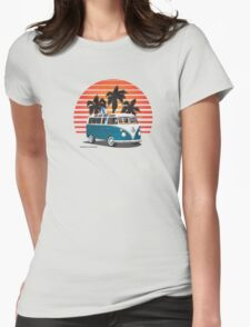 VW Split Bus Teal with Surfboard, Palmes & Sunset Womens Fitted T-Shirt