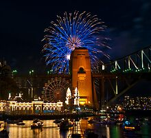 NYE 2008: 9PM Fireworks at McMahons Point by Jason Hilsdon