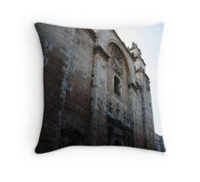 Catedral Throw Pillow
