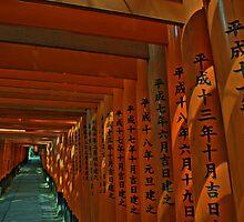 Fushimi Inari  by Jackson Chu
