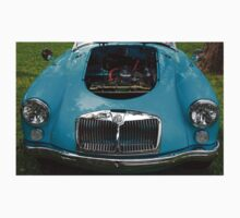 The art of the car: MGA 1600 Mk II Engine (1958) > Kids Clothes