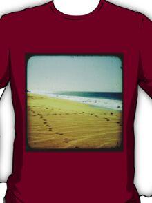 BEACH BLISS - Footprints T-Shirt