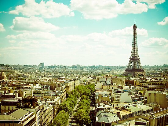 Beautiful Paris by Jorge Quinteros