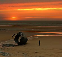 Mary's Shell, Cleveleys, UK by bidkev1