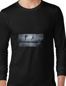 Seagulls flying in storm Long Sleeve T-Shirt