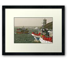 Le Conquet - Retour de pêche Framed Print