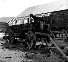 Wagons - The ghost town of Bodie by Harry Snowden