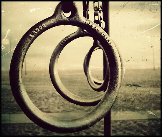 Rings without Lords by manlio