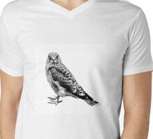 sitting bird Mens V-Neck T-Shirt