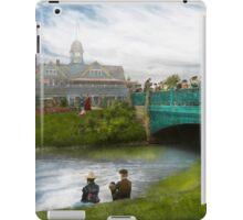 City - Detroit MI - The Family Renunion iPad Case/Skin